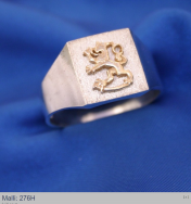 Hopeasormus kullattu leijona  276H