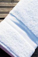 Kylpypyyhe 100x150 UUSI MALLI valkoinen